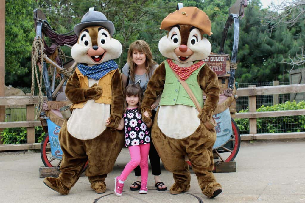 Hong Kong Disney ChipnDale