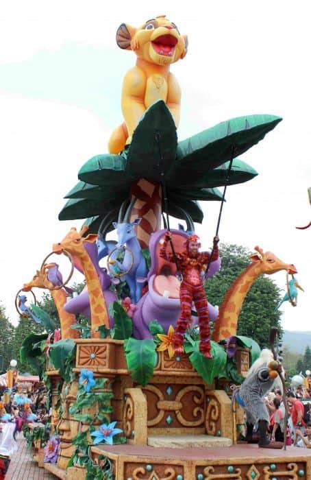 Hong Kong Disneyland Review - Flight of Fantasy parade with The Lion King