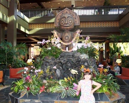 Ohana Character Breakfast Polynesian Resort Lobby